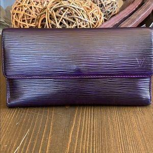 Louis Vuitton Epi long wallet